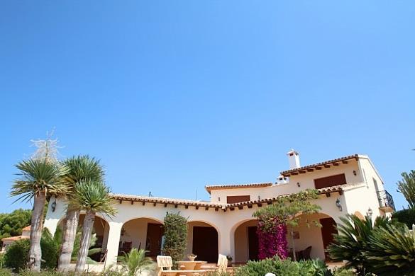 Detached villa for sale Moraira
