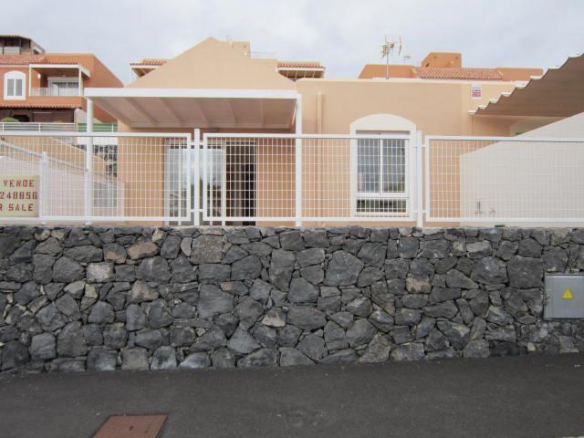 2 bed Town House for sale in El Madroñal, Spain for €369000 on Ubodo