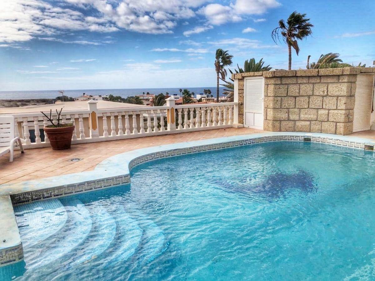 Villa for sale El Medano