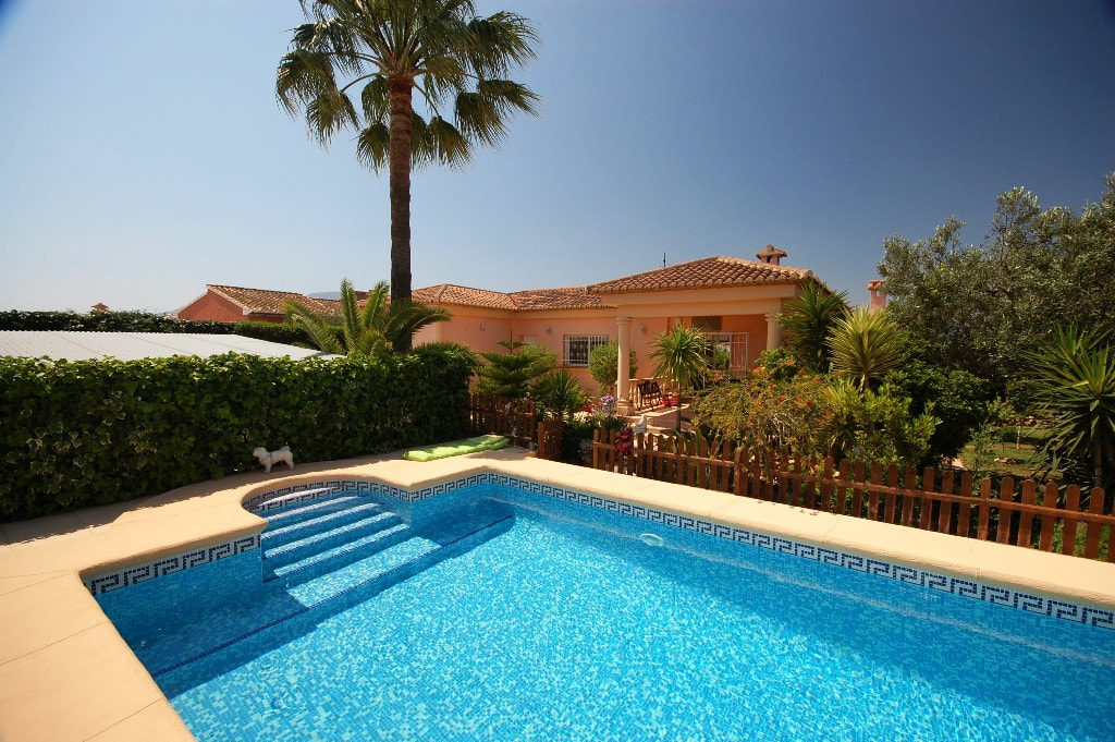 Country House in Oliva