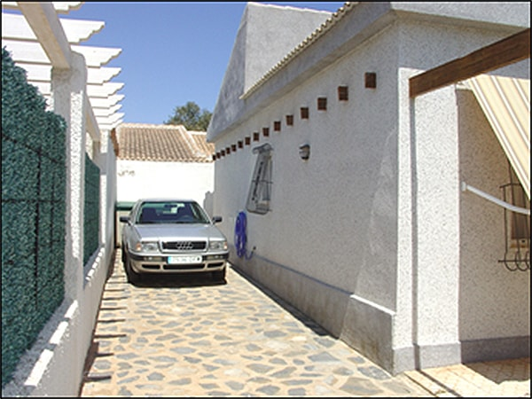 Villa for sale in Mil Palmeras