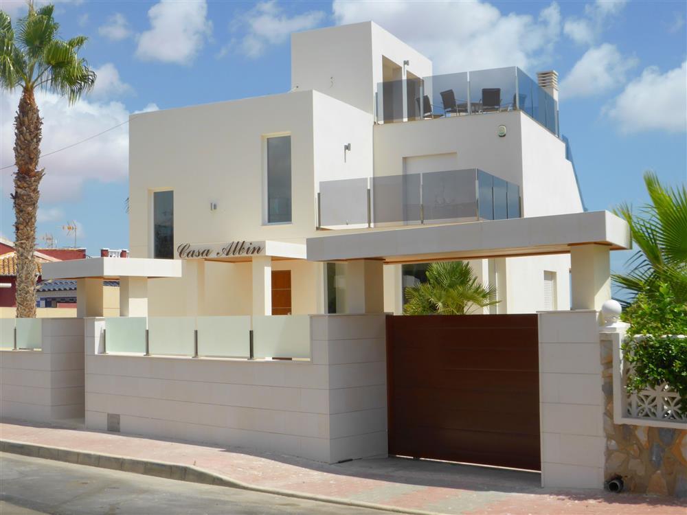 Villa in Los Balcones