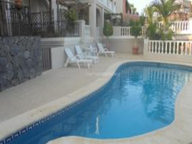 Apartment For Sale in San Eugenio