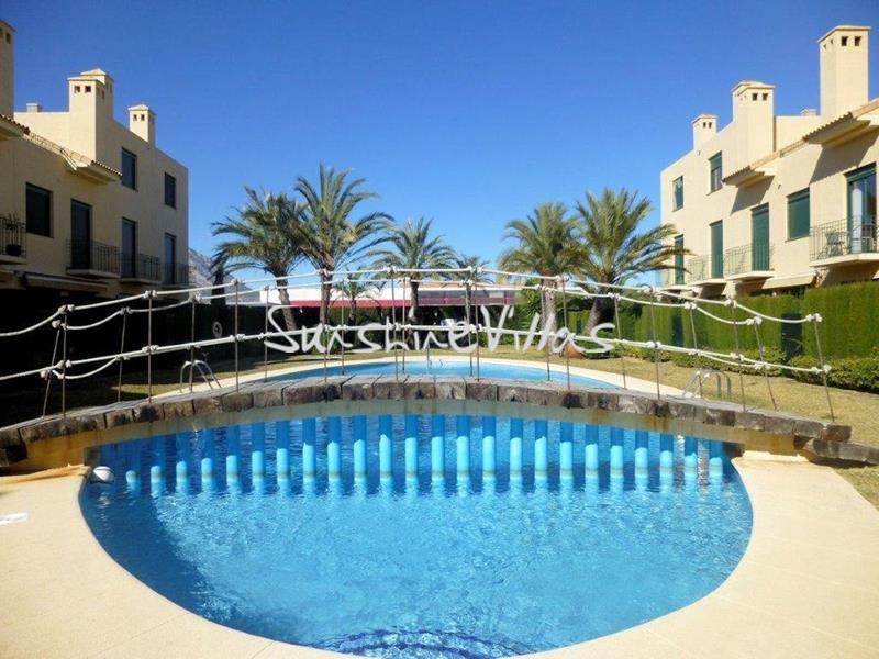 Linked villa for rent Javea