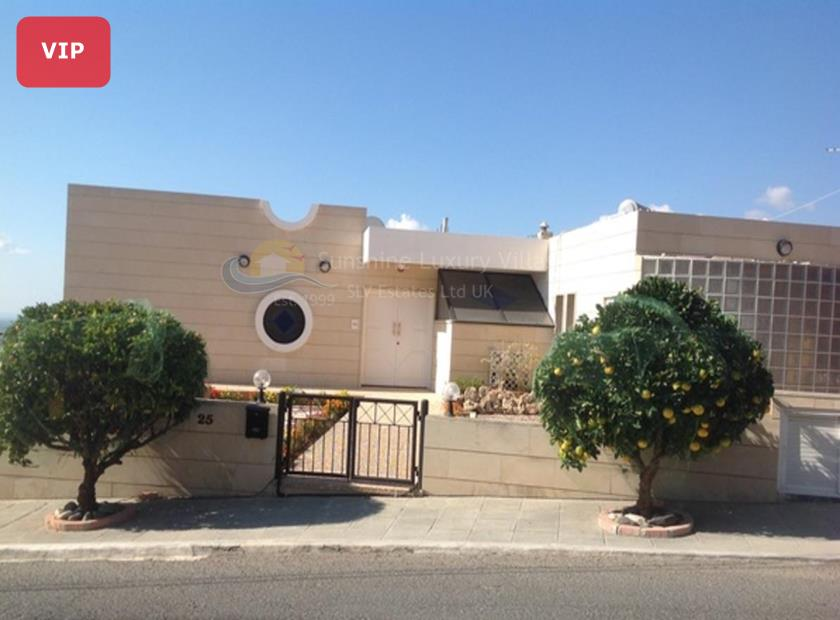 Luxury Mansion in Lemesos
