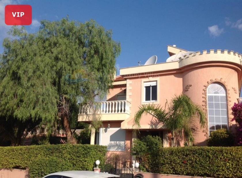 Luxury Mansion in Agios Athanasios