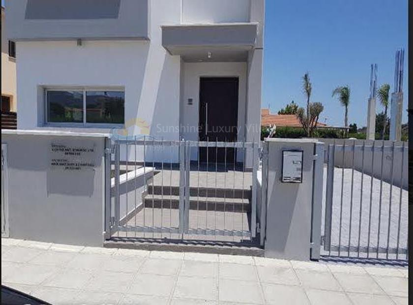 Detached House in Parekklisia