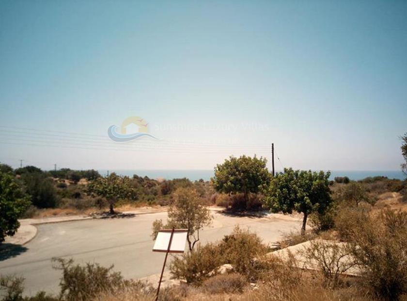 Land in Aphrodite Hills