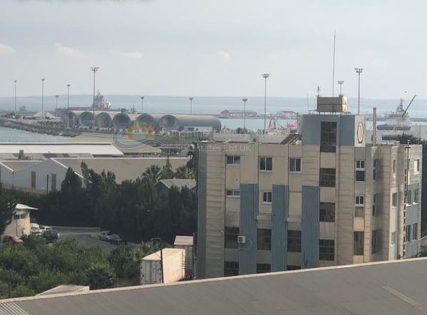Apartment in Omonoia