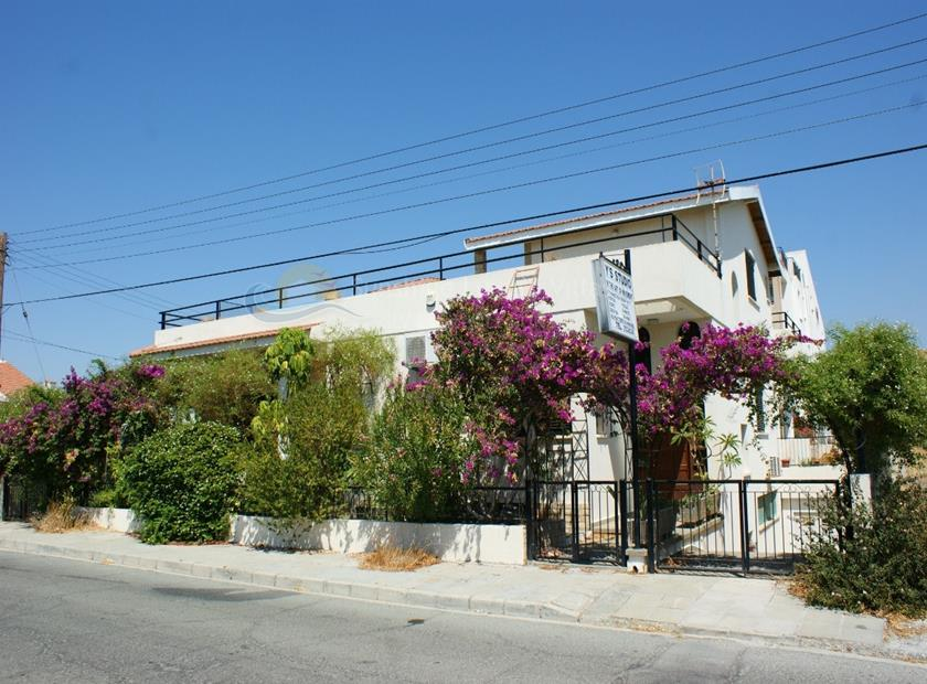 Investment Property in Mesa Geitonia