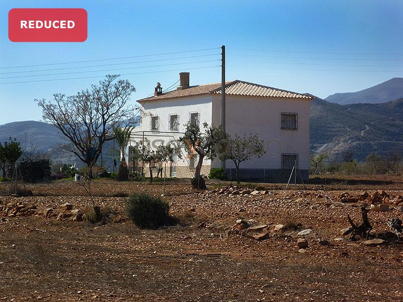 Country House in Uleila Del Campo