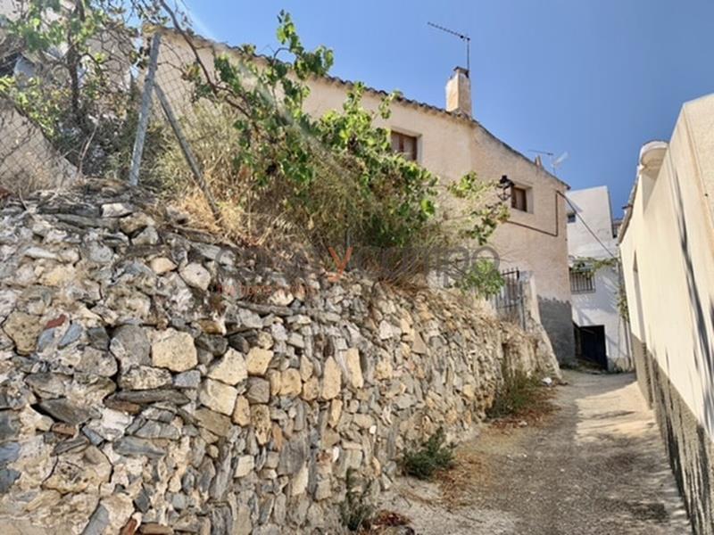 Village House in Lubrin