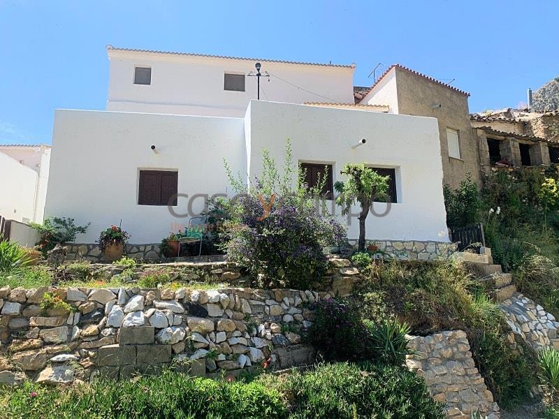 Village House in Cobdar