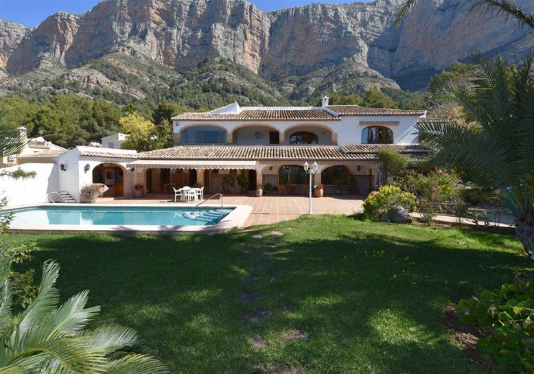 Villa in Javea. Estate Agents in Javea   Property For Sale Javea