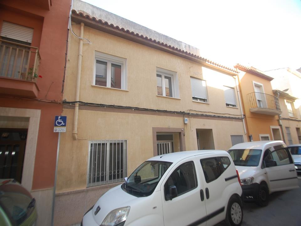 Townhouse in Pego