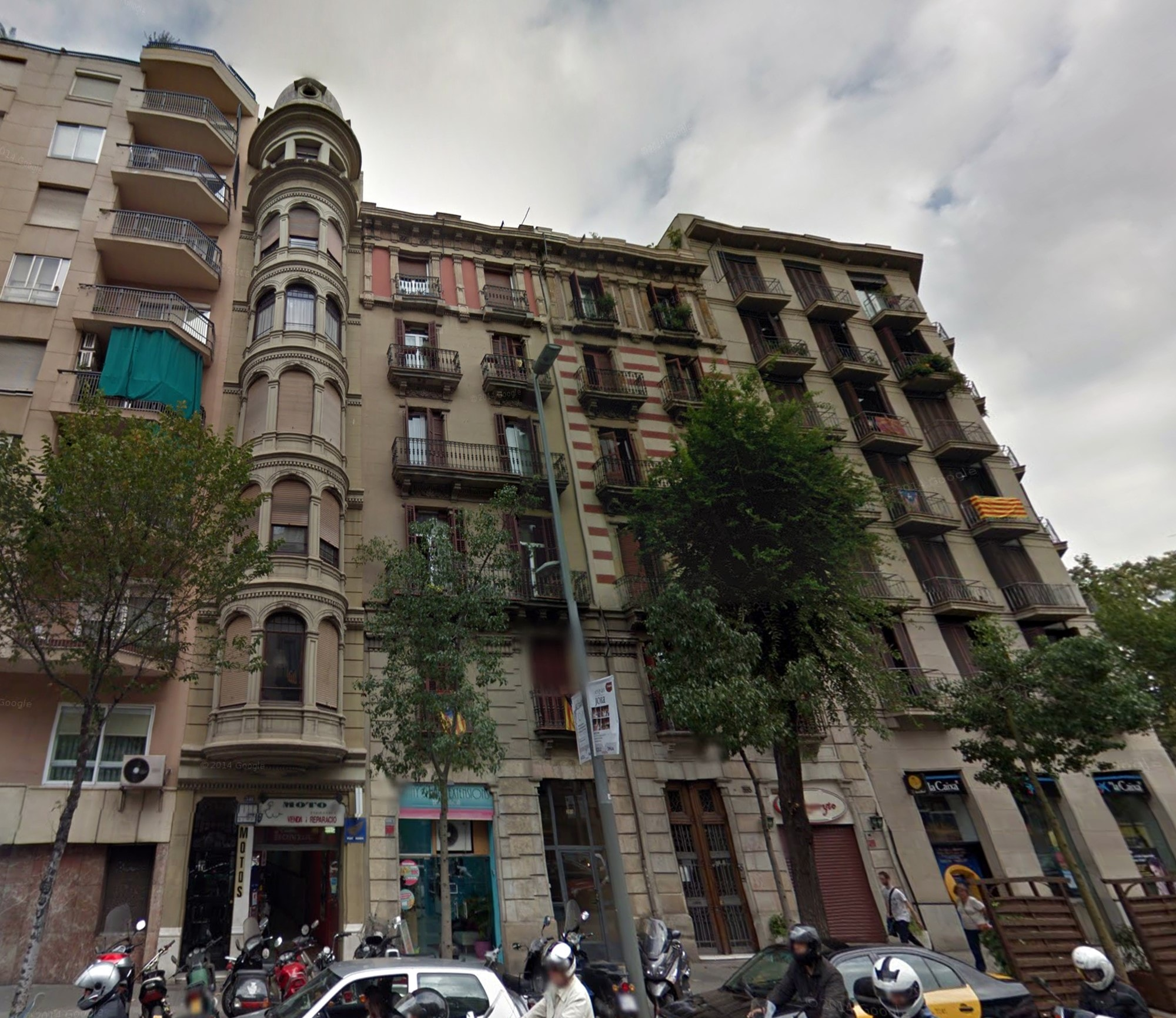 2 Bedroom Apartment For Sale Barcelona