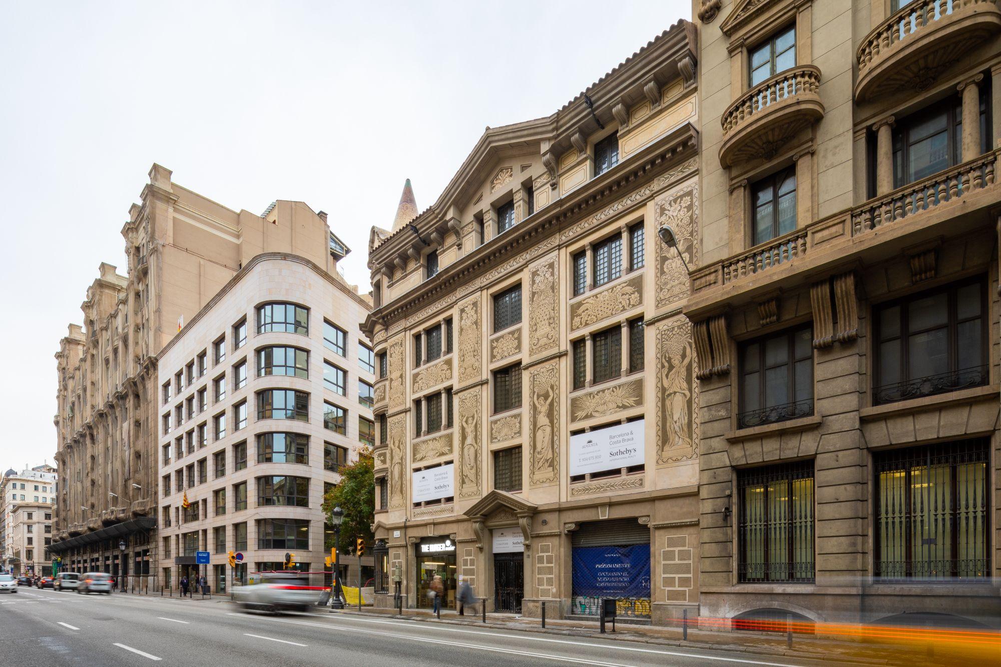 Building for sale Barcelona