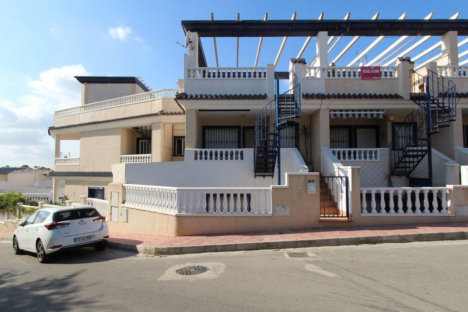 Town House in El Galan