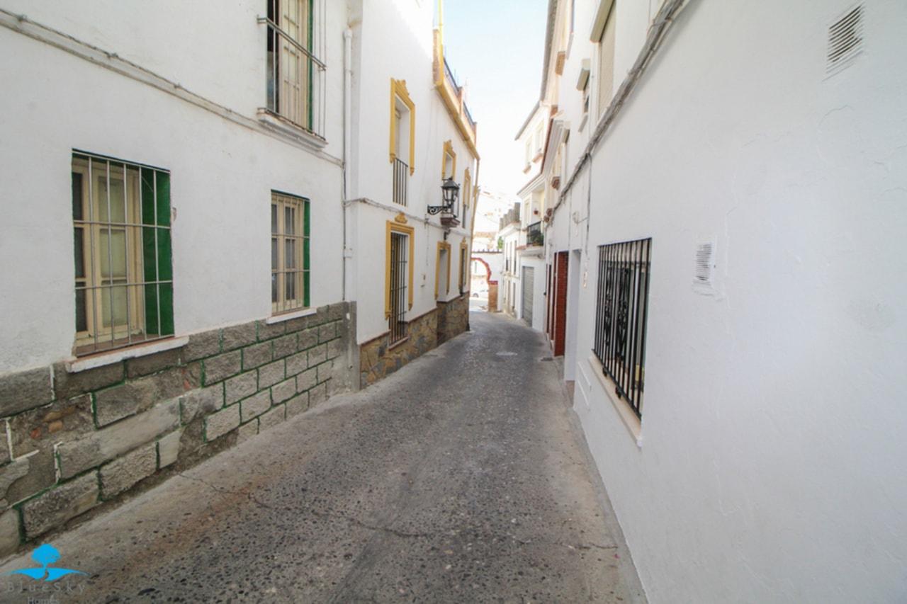 Apartment in Casarabonela
