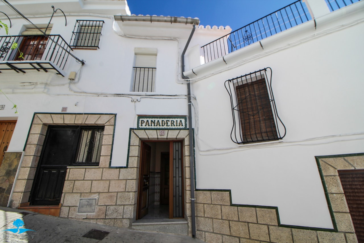 Town House in Casarabonela