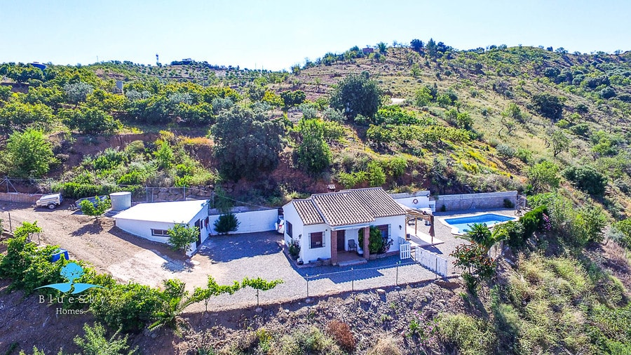 Country House in Guaro