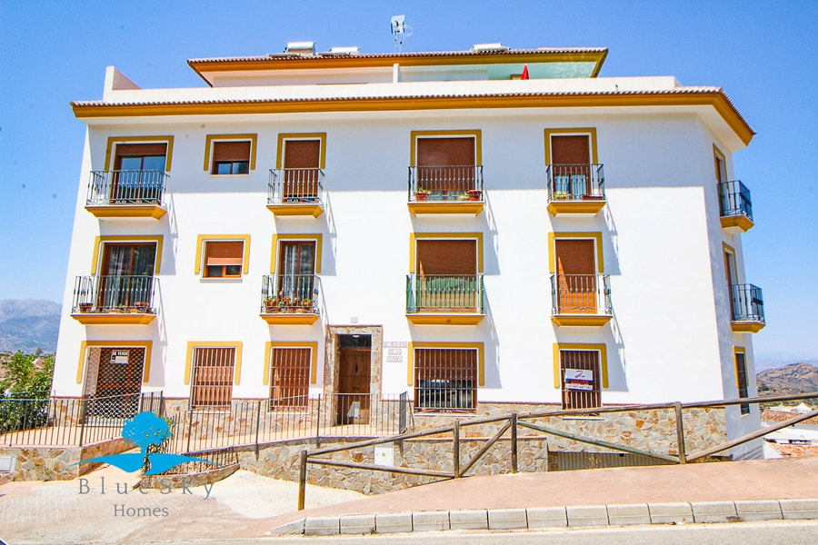 Apartment in Guaro