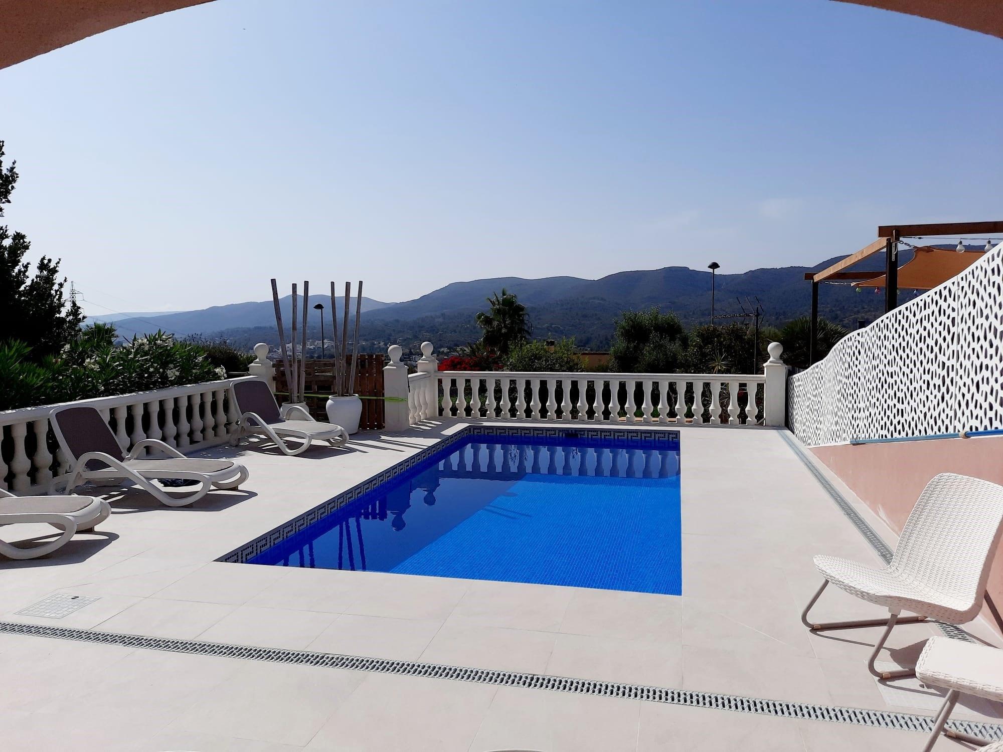 Villa in Gata Residencial