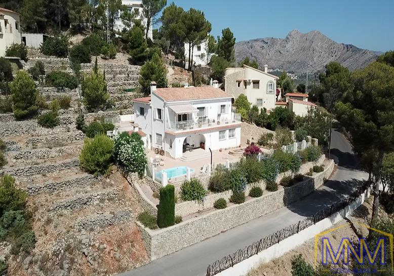 Villa zum verkauf in Jalon Valley, Costa Blanca