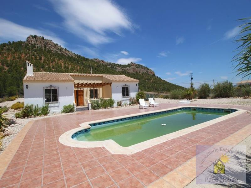 Villa for sale Velez-Rubio