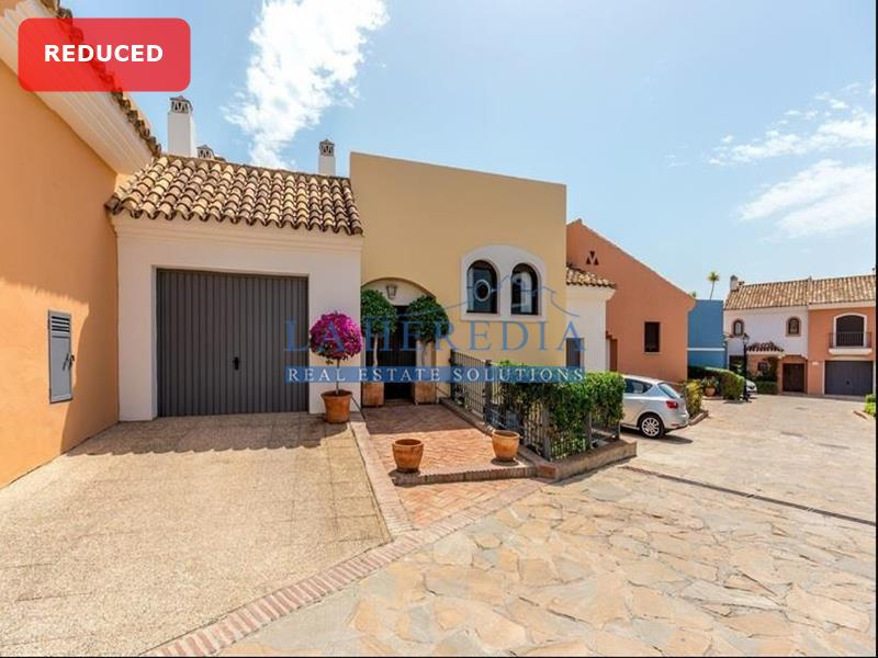 Townhouse in Los Arqueros