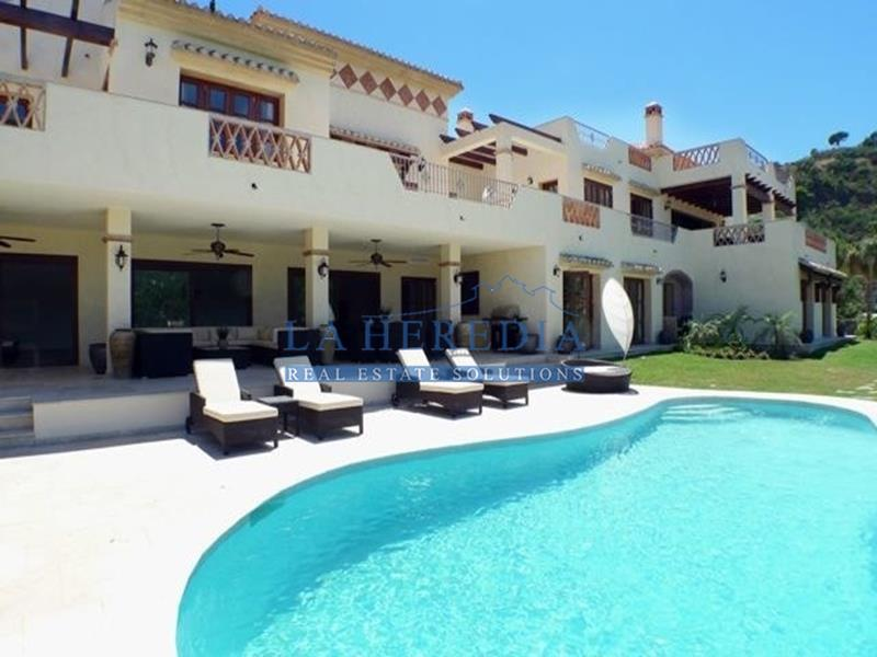 7 Bedroom Villa for sale El Madroñal