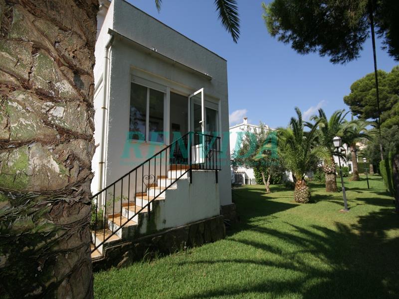 Townhouse for rent La Sella