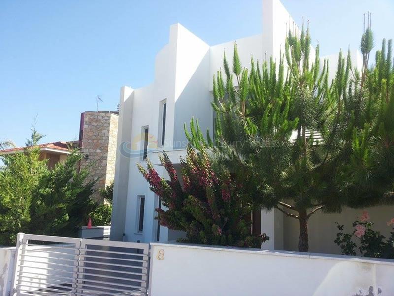Villa in Agios Athanasios