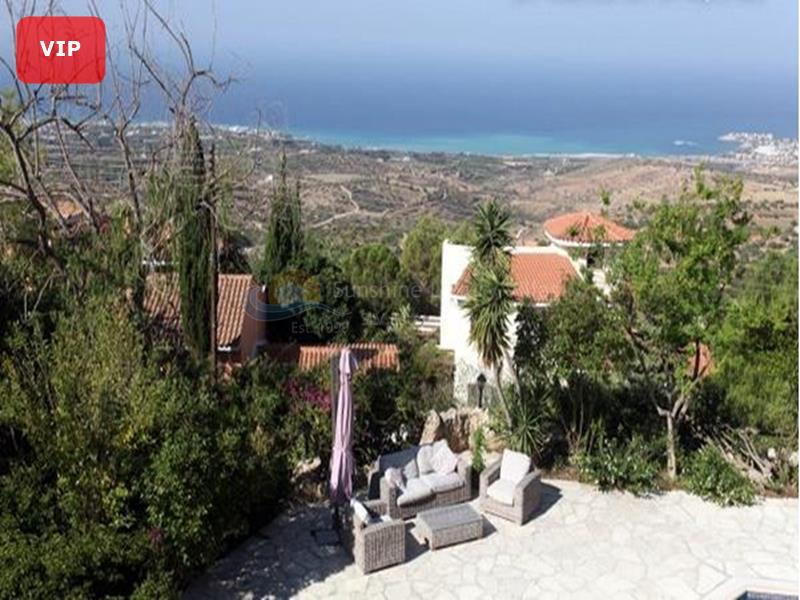 Detached in Tala