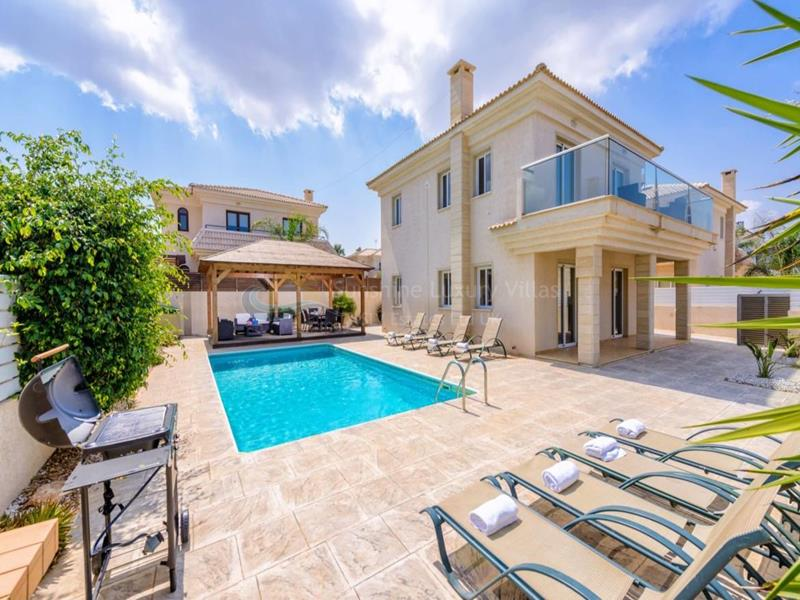 Villa in Kapparis