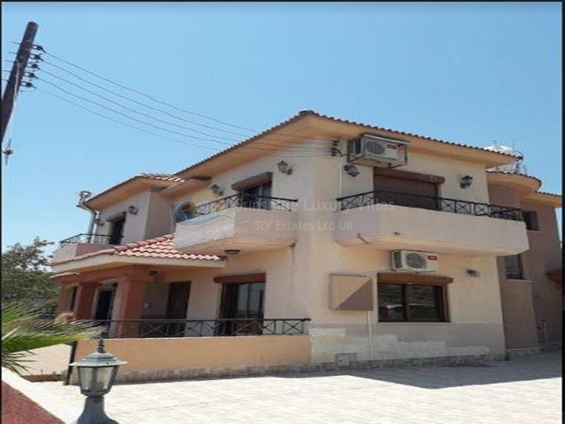 Villa in Pyrgos