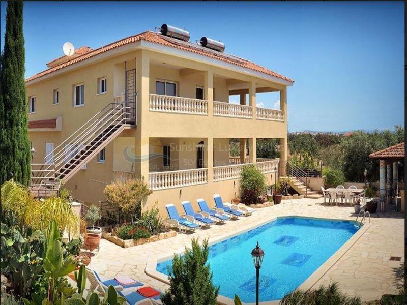 Villa in Kolossi