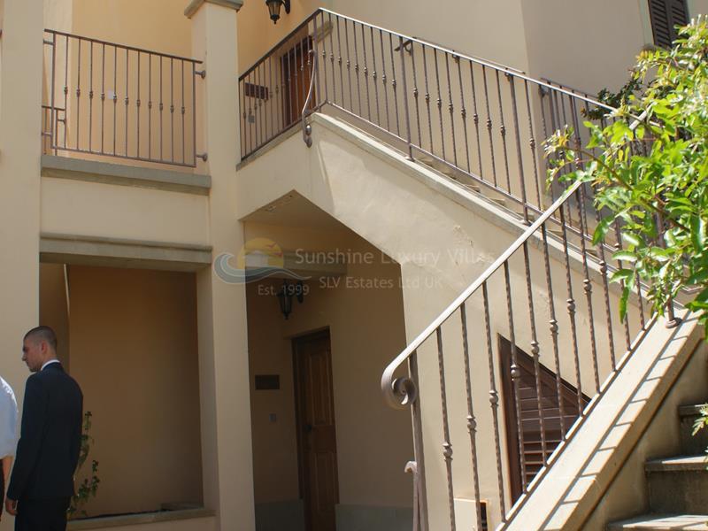 Apartment in Aphrodite Hills