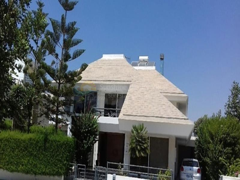Villa in Ekali