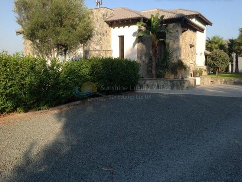 Villa in Monagroulli