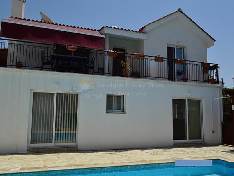 Villa in Peyia