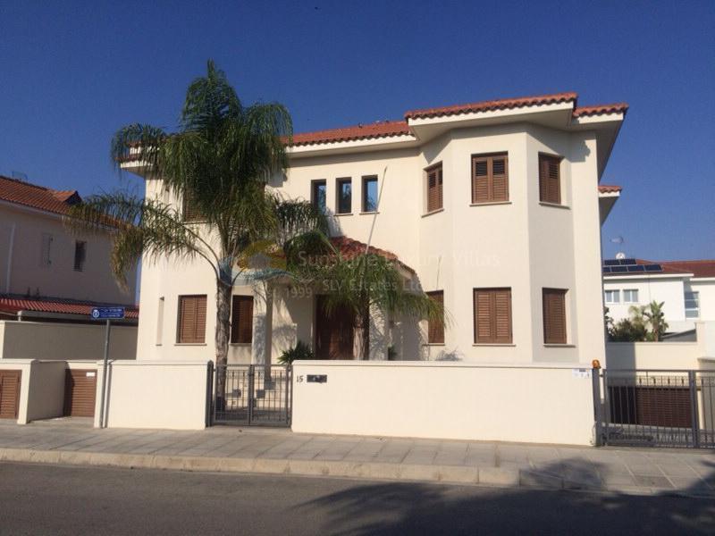 Villa in Strovolos
