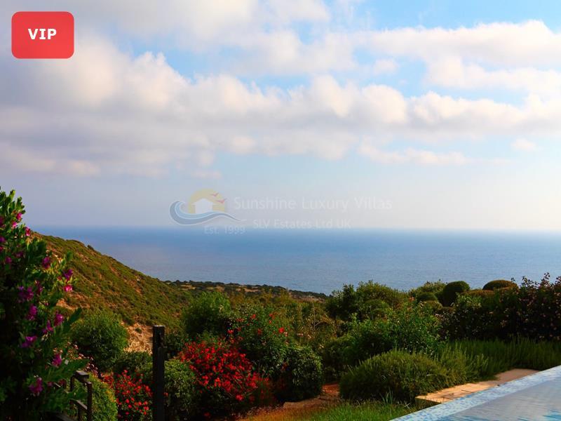 Villa in Aphrodite Hills