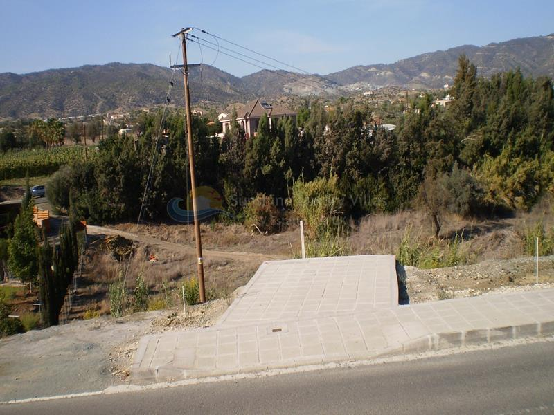 Plot in Pyrgos