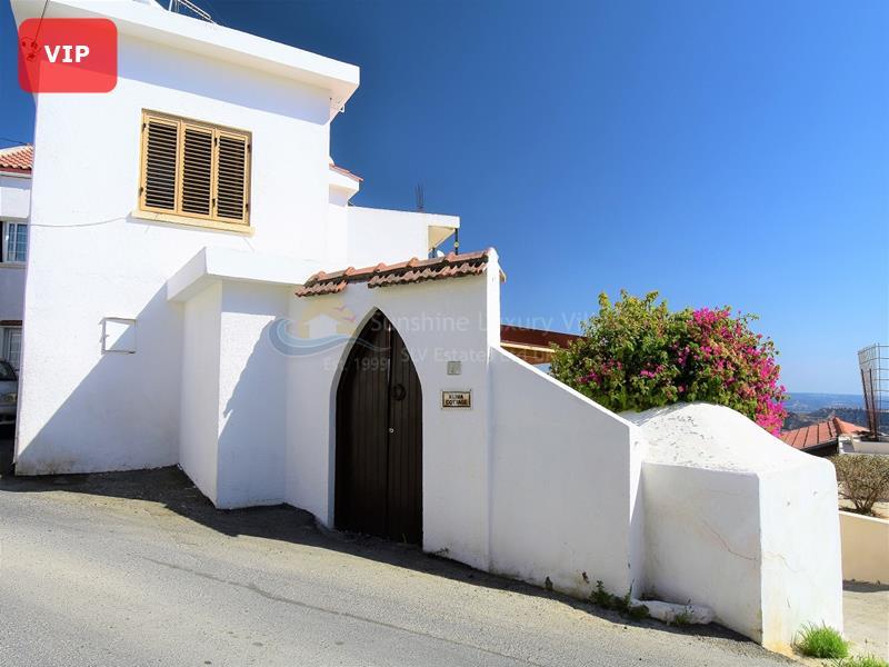 Cottage in Pissouri