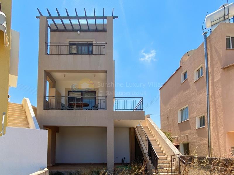 Villa in Emba