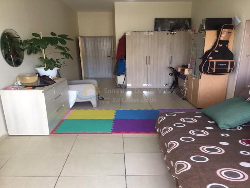 Apartment in Finikoudes