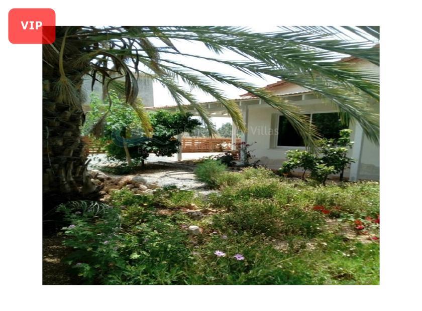 Villa/House in Emba