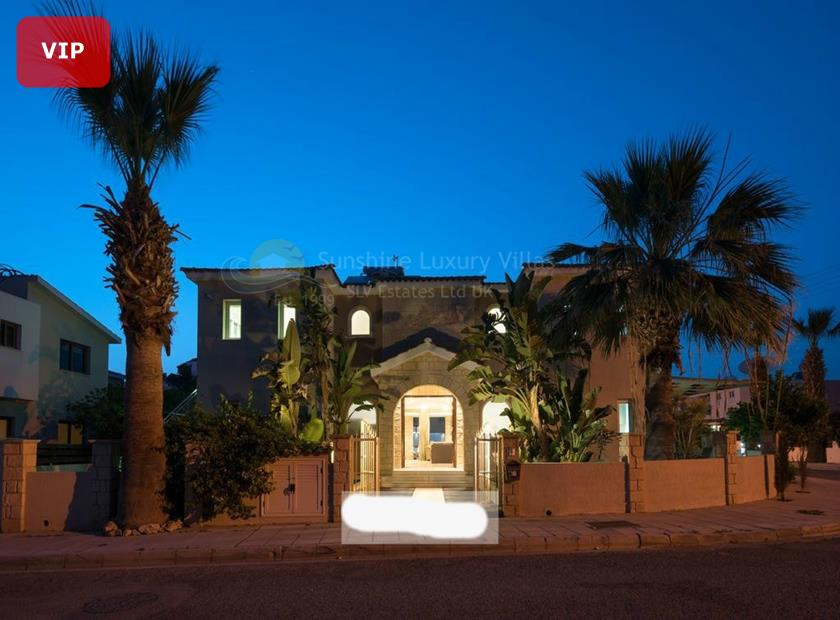 Detached Villa in Universal