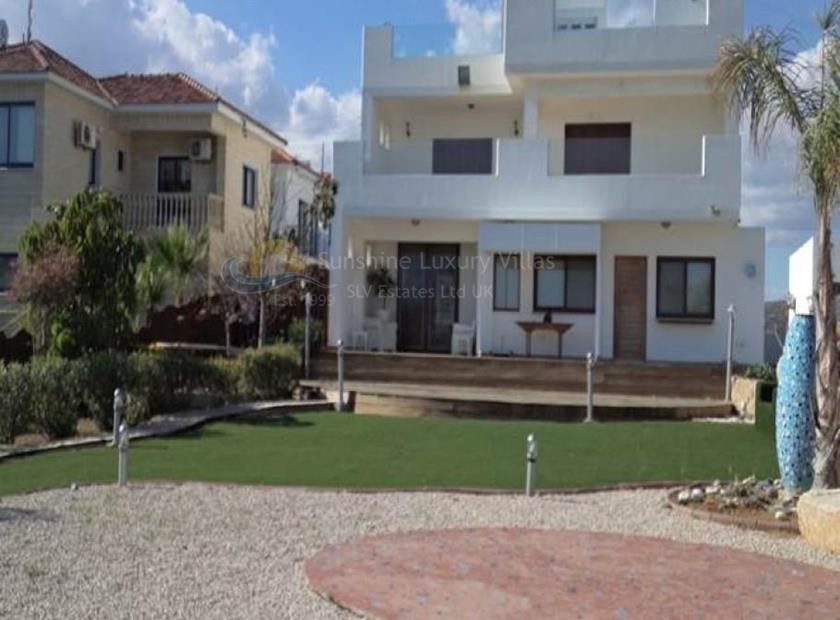 Villa/House in Zygi